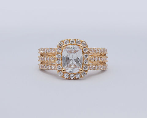 ONOME 18KARAT YELLOW GOLD ENGAGEMENT RING
