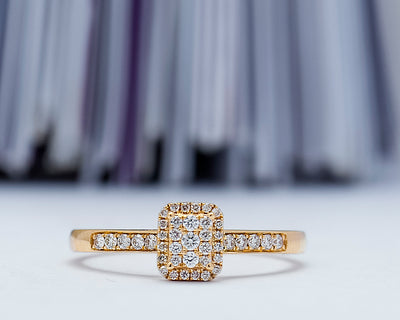Scarlet 18Karat Yellow Gold Diamond Engagement Ring