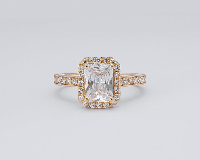 Valerie 18Karat Yellow Gold Engagement Ring