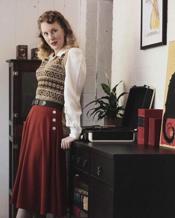 The House of Foxy 40s Whirlaway Skirt in Rust