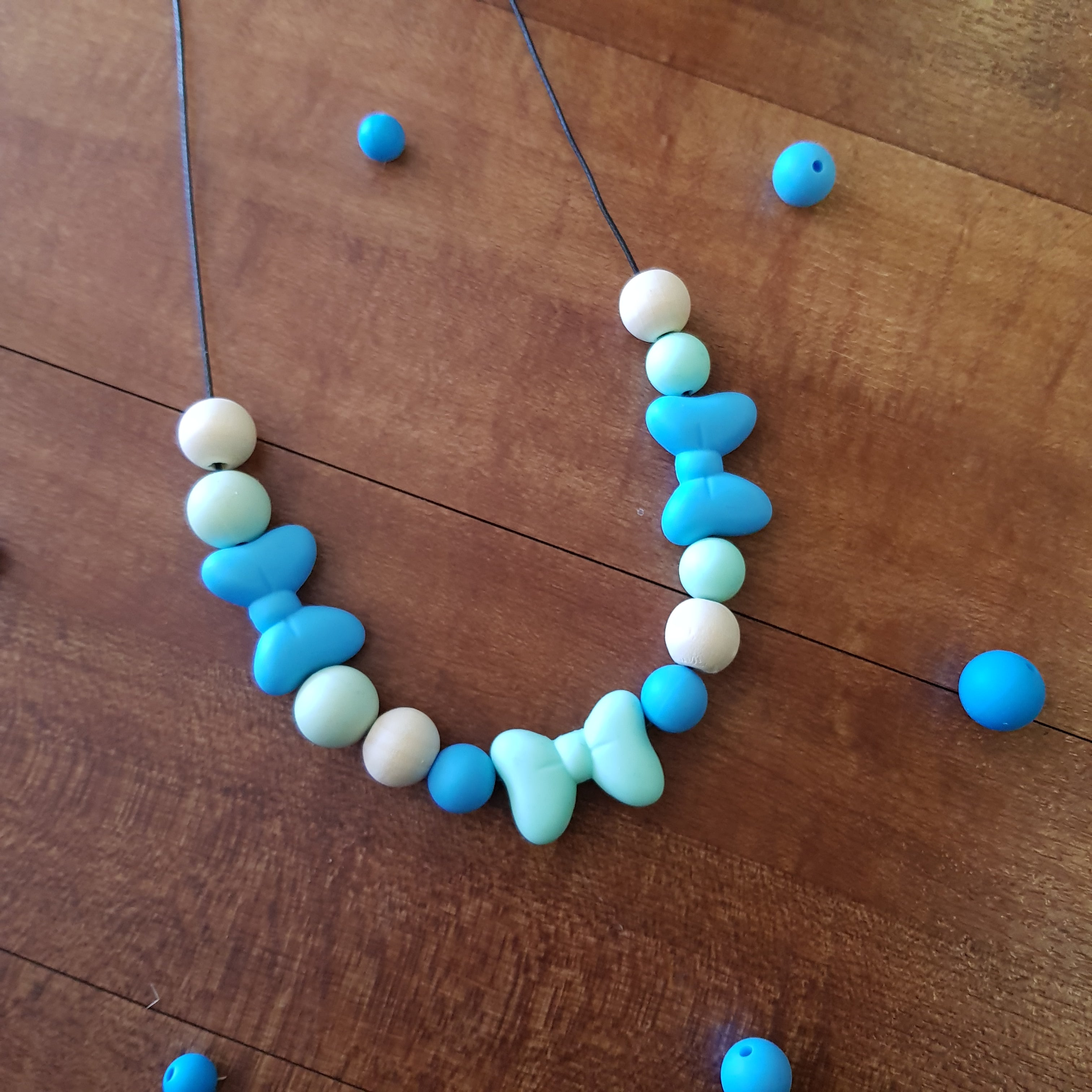 Bow Teething Necklace