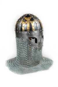 Tri-colour Spectacle Helm with Chainmail Drape