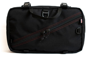 foray-messenger-bag