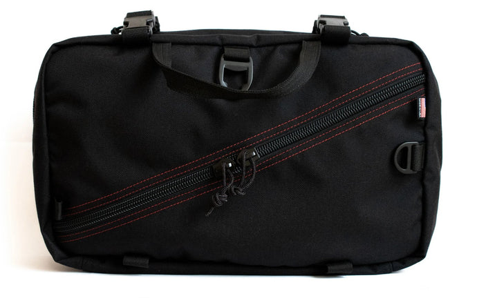 Foray Messenger Bag