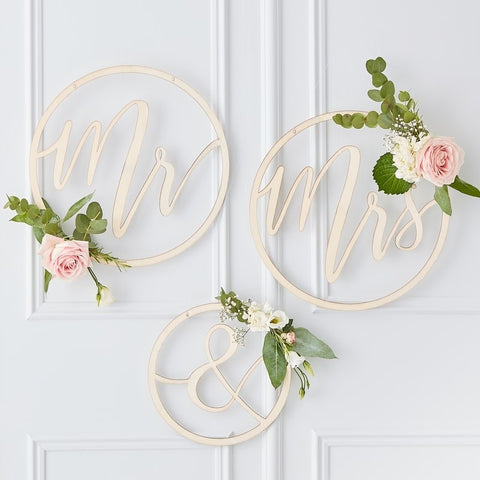Mr & Mrs Wooden Hoops Decoration