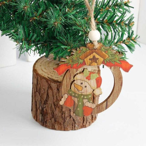 Lovely Wooden Christmas Tree - ChristmaShop