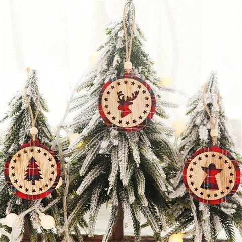 Stunning Plaid Wooden Tree Pendants - ChristmaShop