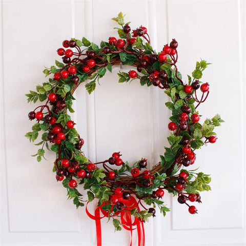 Red Berry Christmas Wreath - ChristmaShop