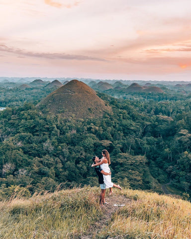 Les Chocolate Hills de Bohol, Philippines - VERDADE TRAVEL STORIES (@flipflopwanderers)