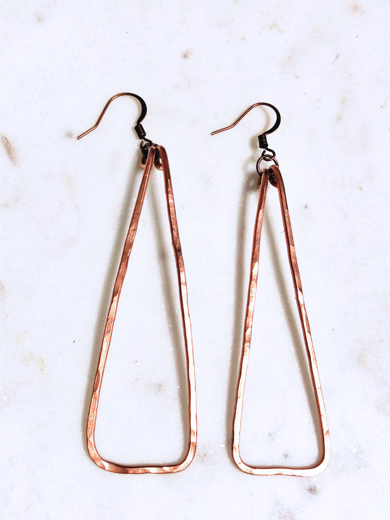 HAMMERED TRIANGLE DANGLE