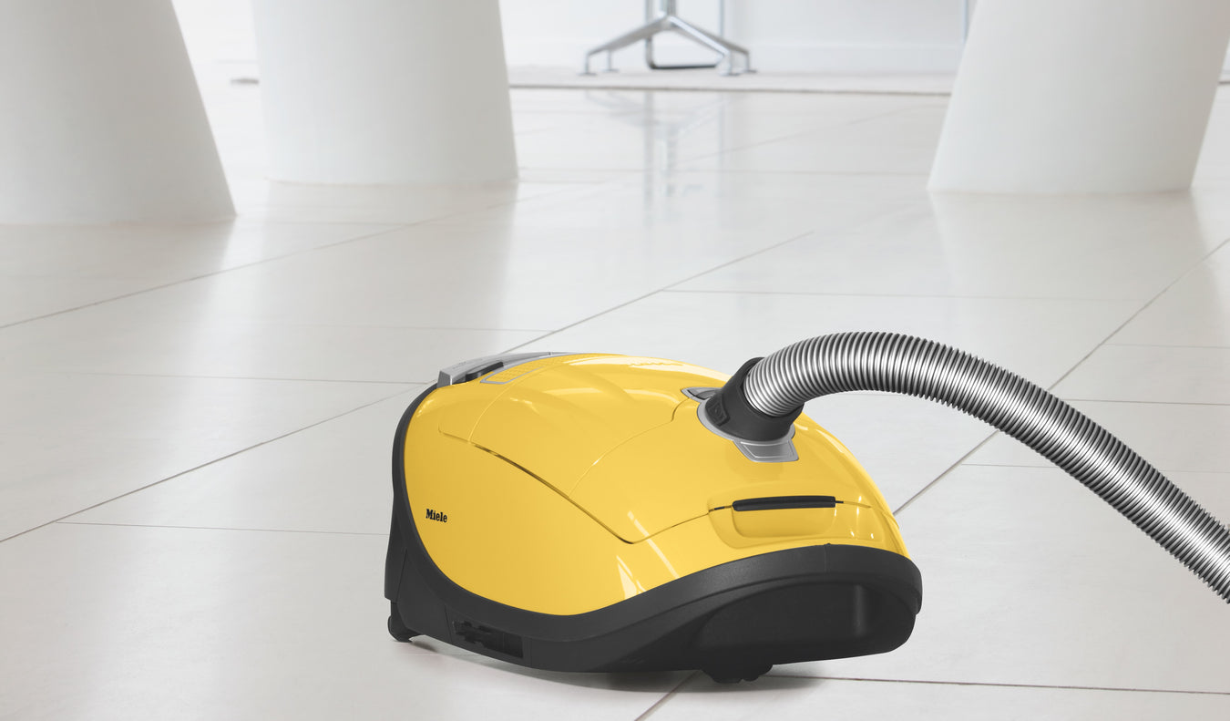 Miele Vacuum Cleaners Capital Vacuum Floor-Care World 1666 N Market Dr Raleigh NC 27609 (919) 878-8530 209 E Chatham St Cary NC 27511 www.cleanhomshop.com