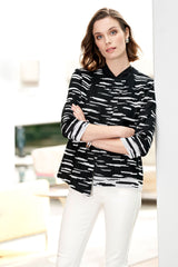 Plus Size-Dash Asymmetrical Knit Jacket Color Black/White