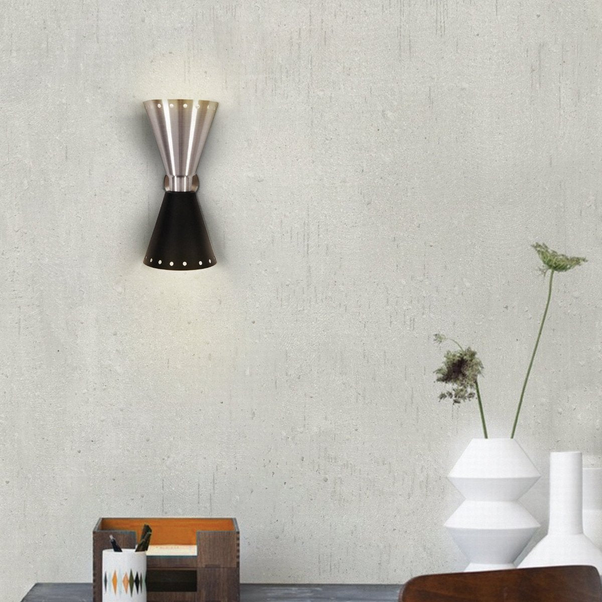 Piazzolla Wall Lamp by DelightFULL