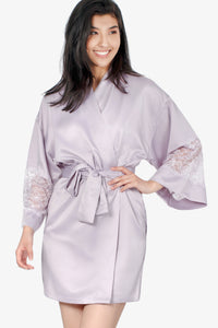 Short Satin Kimono With Lace (Lilac) - CozyAndCurious