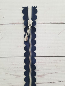 "14"" Navy Scallop Zipper"