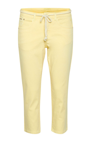 Cream Vava Short Pant With Tie Belt