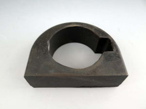 STEERING COLUMN RUBBER MOUNT AT DASH- M203