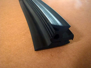 WINDSHIELD to COWL SEAL M44