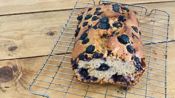 Banana and Blueberry Spelt loaf to wrap with your BeeBee & Leaf wrap
