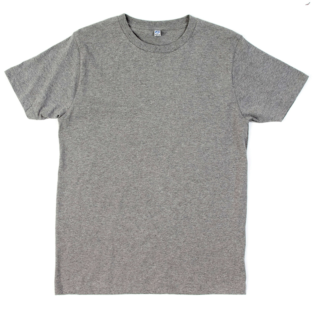 Le t-shirt gris chiné