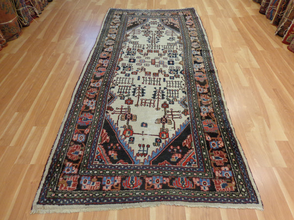 Persian Rug, 4' 6 x 9' 7 Ivory Kapoutrang - Jessie's Oriental Rugs