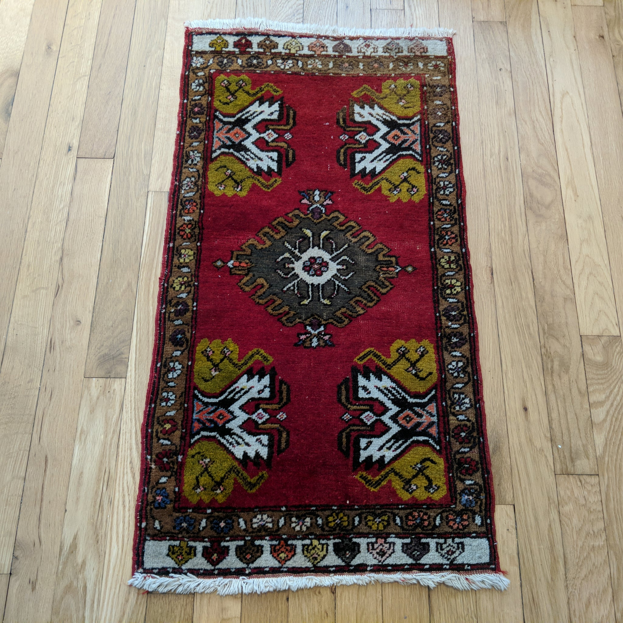Turkish Rug, 1' 6 x 3' Red Yastik