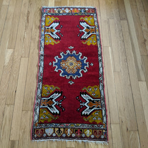 Turkish Rug, 1' 8 x 3' 9 Red Yastik
