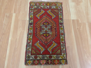 Turkish Rug, 1' 7 x 2' 11 Red Yastik