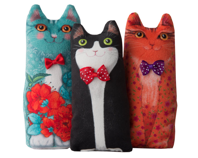 Kit-Set of 3 Velvet Kittens to cut and stitch