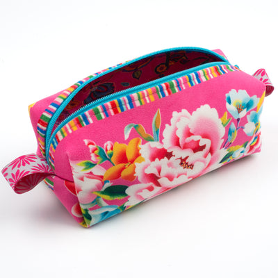 Kit Zipper Pouch Velvet Shanghai on Pink