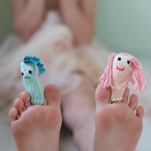 products/Express_Yourself_with_our_Expressionist_Puppets__On_your_Fingers_or_On_your_Toes___fingerpuppets__puppets__creativeplay.jpg