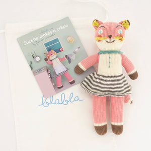 products/web-book-suzette-mini-doll.jpg