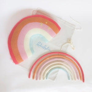 products/web-bundlerainbowpinkpillow_wallhanging1.jpg