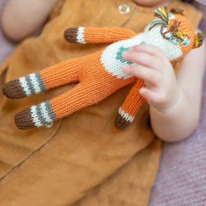 products/web-socks-rattle-detail2_12757492-e54f-4445-a412-72b08103a065.jpg