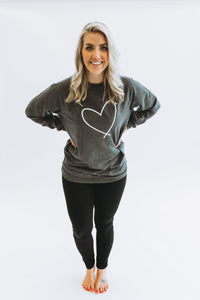 HEART || ADULT CREW GREY