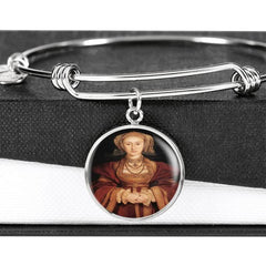 Tudor women charm jewelry