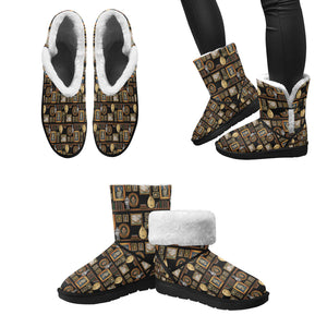 Henry VIII furry Single Button Snow Boots