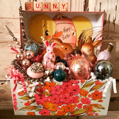 Vintage Pink Flowered Recipe Box - Easter!