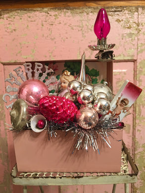 Vintage Light Pink Recipe Box - Christmas Galore!