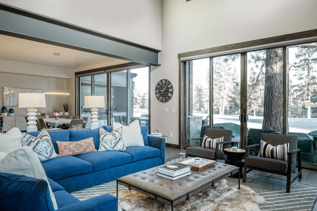 Family room in Truckee vaction home