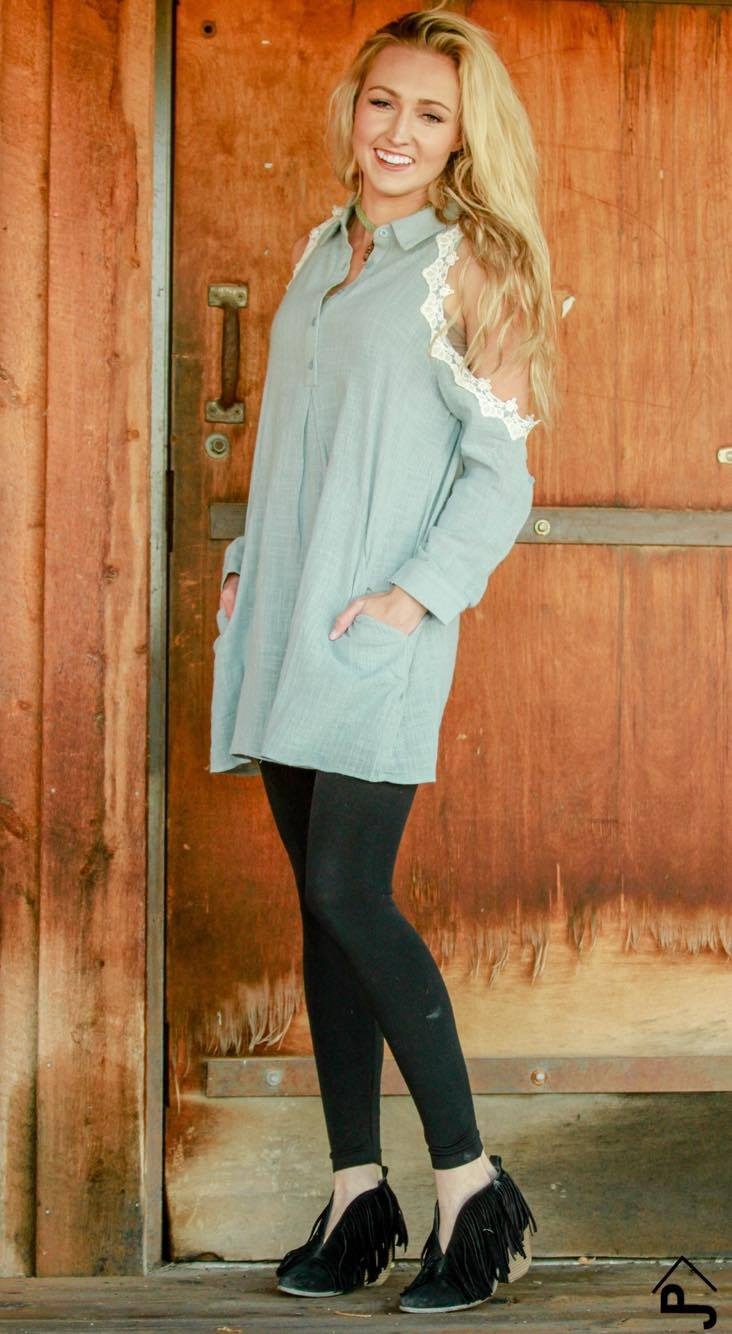 Sunday Kinda Love Tunic