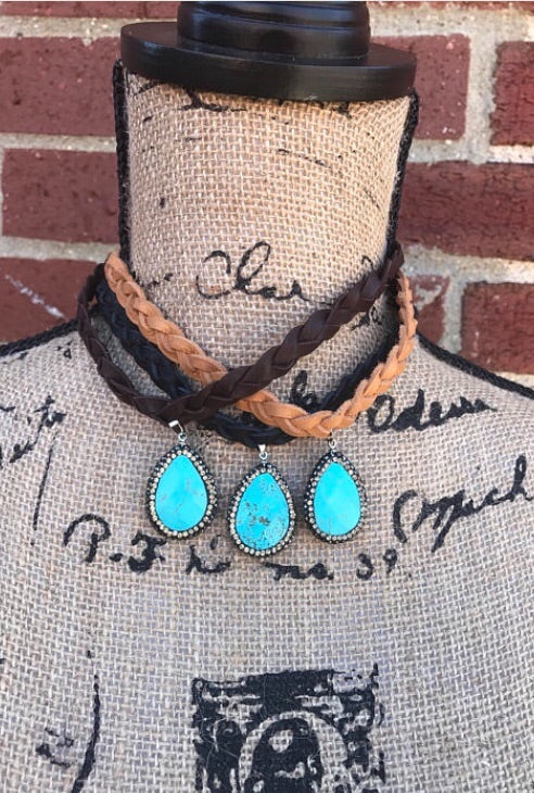 Put Some Turquoise On It Choker