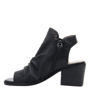 LIVIA in BLACK, left view