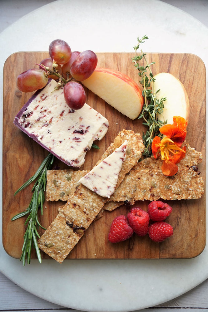 Cranberry Chorus Quinoa Crackers