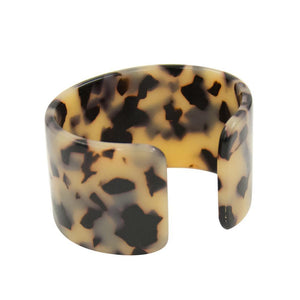 Front view of our Chunky Blonde Tortoise Cuff