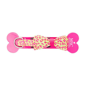 Font view of our Cheetah Sports Bow Collar