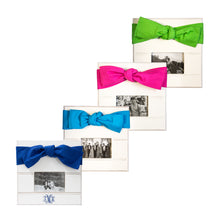 Canvas bow picture frame collection