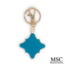 Load image into Gallery viewer, Enamel Quatrefoil Keychain