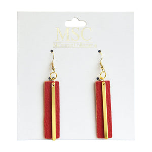 Top view of our Crimson Pebble Grain Accent Earrings