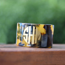 Load image into Gallery viewer, Blonde Tortoise Cuff